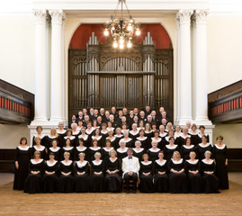 80 members of the Glasgow Phoenix Choir will perform in Helensburgh