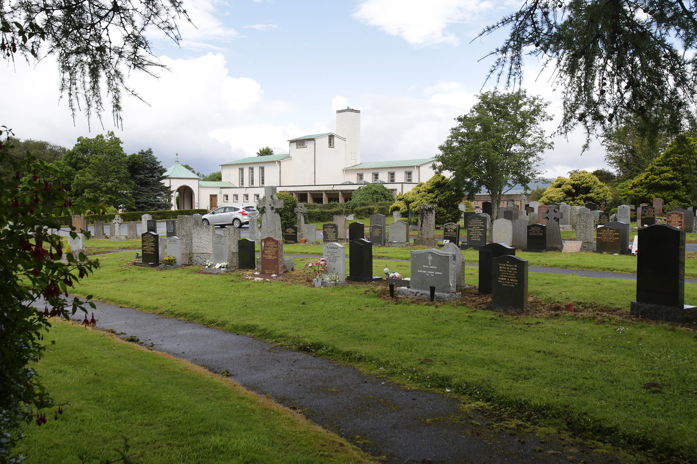 Cardross Cemetery and crematorium