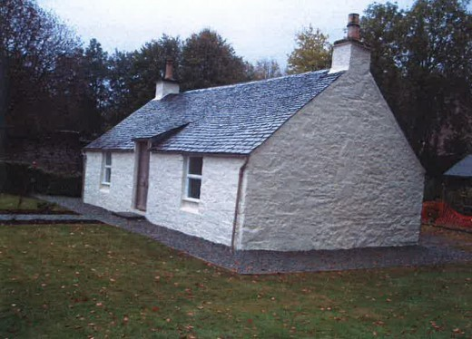 Shore Cottage in Luss.