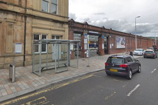 Roshdi Mohammed said the incident happened after he got off the bus outside Helensburgh Central station (Pic - Google 2018)