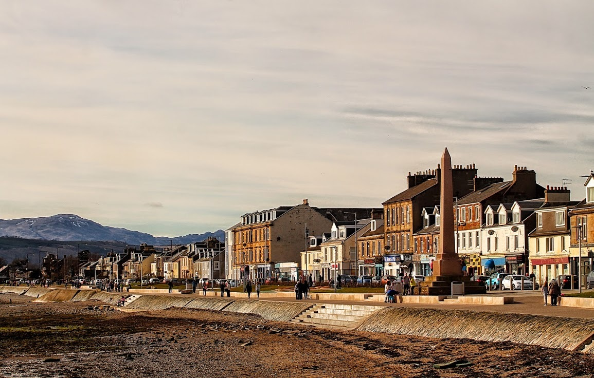 Bank of Scotland ranked Helensburgh as the ninth most expensive place to live among Scotland's seaside towns