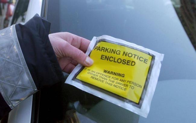 Income from parking tickets in Argyll and Bute has dropped, despite a rise in the number of tickets issued